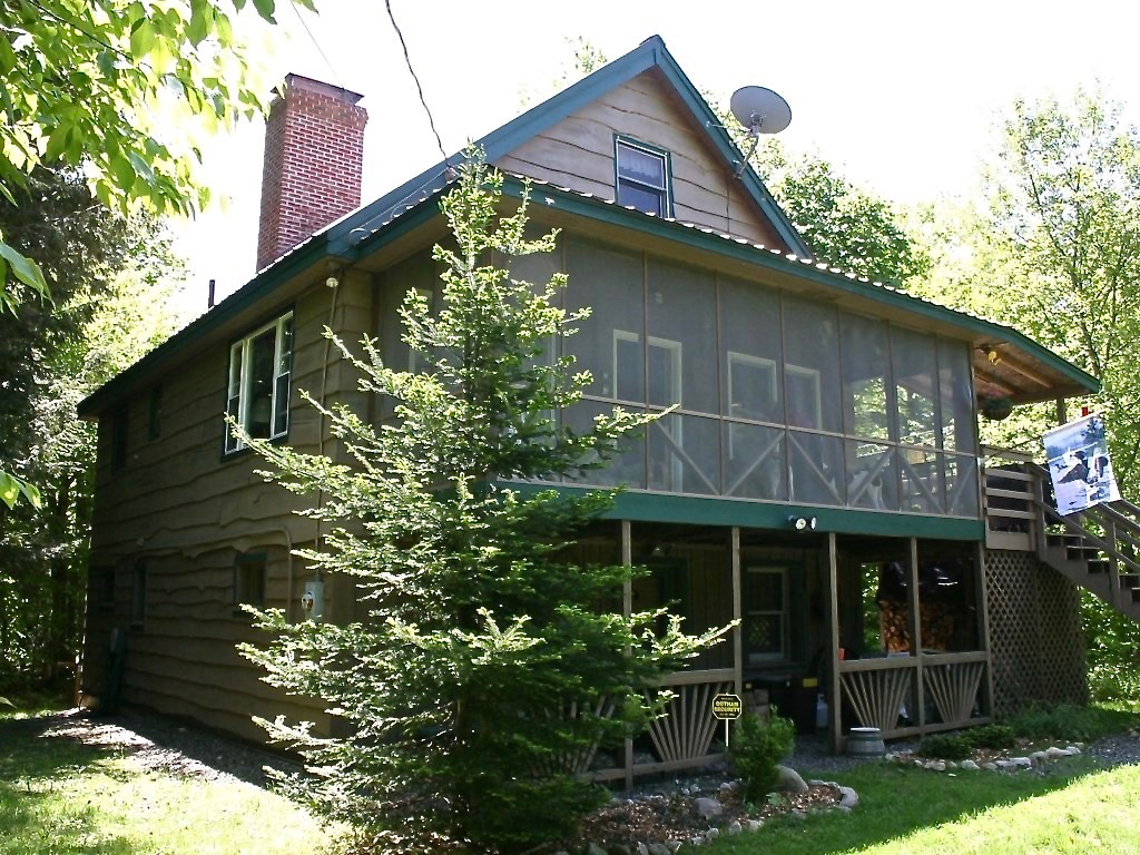 property cabin from abfd beach image and home secluded luxury w bed area ny the ha rentals heart conservation deal cabins hot tub s yards woodstock of fireplace in