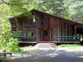 Singing Mountain-Private retreat in the Adirondack Park.